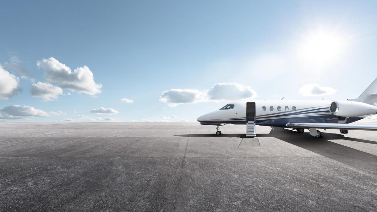 bz15 MAR private jets
