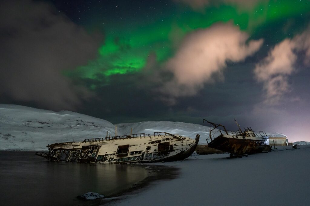Be one with nature at the Kola Peninsula - russia