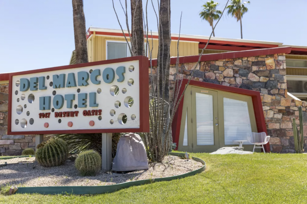 Del Marcos Hotel built by architect Bill Cody — Palm Springs
