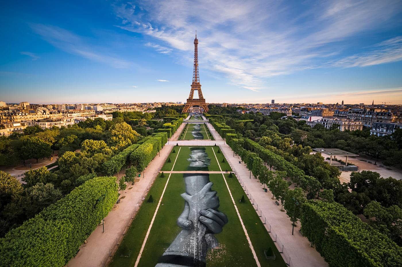 Beyond Walls Paris 2019 Saype